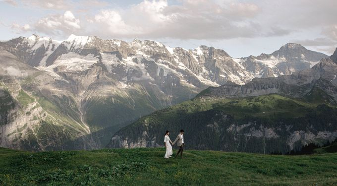 Swiss Alps Adventurous Pre-wedding Session of Hong Kong Couple by Fotomagoria - 001