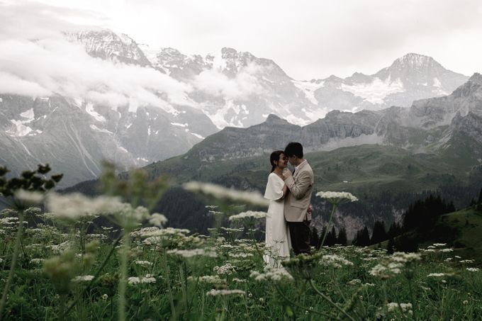 Swiss Alps Adventurous Pre-wedding Session of Hong Kong Couple by Fotomagoria - 023