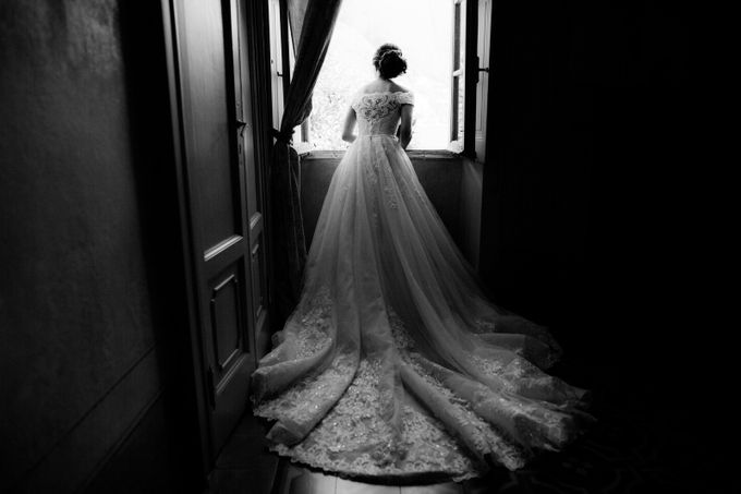 Luxury and classy destination wedding at Lake Como in Italy by Fotomagoria - 019
