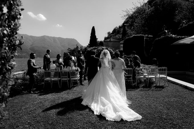 Luxury and classy destination wedding at Lake Como in Italy by Fotomagoria - 030