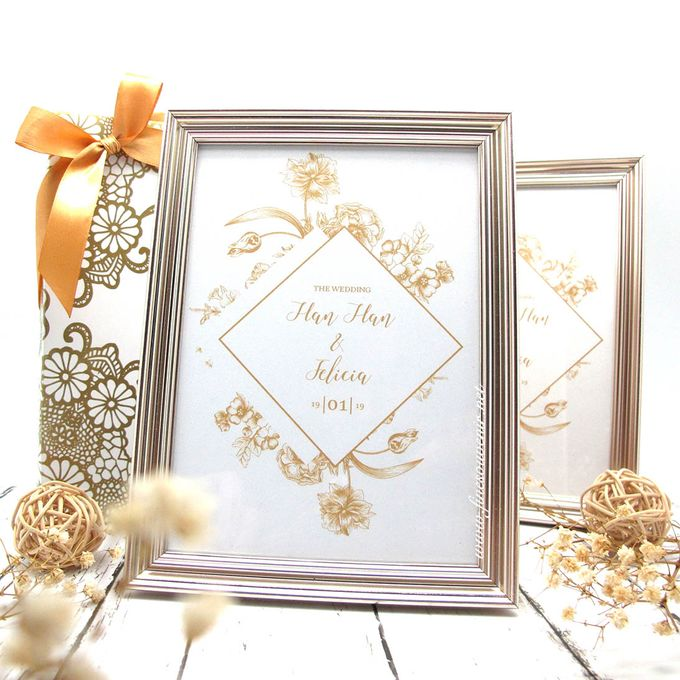 Exclusive Frame Gold Include Packaging by Fine Souvenir - 002