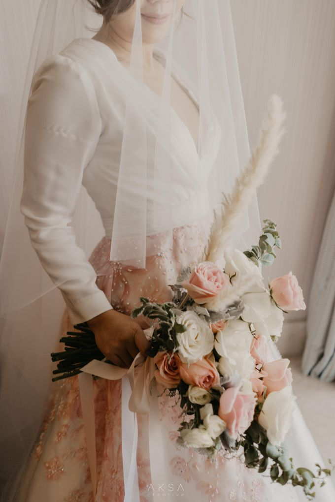Fredy & Inge Wedding at Soehanna Hall by MALVA Bridesmaids - 049