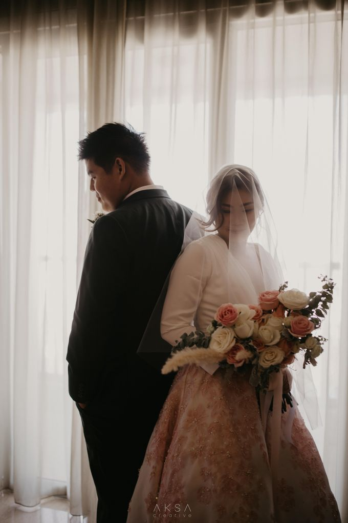 Fredy & Inge Wedding at Soehanna Hall by MALVA Bridesmaids - 027