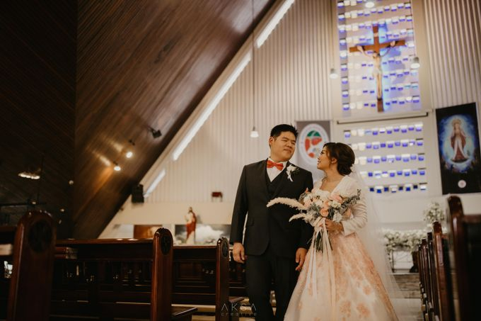 Fredy & Inge Wedding at Soehanna Hall by MALVA Bridesmaids - 035