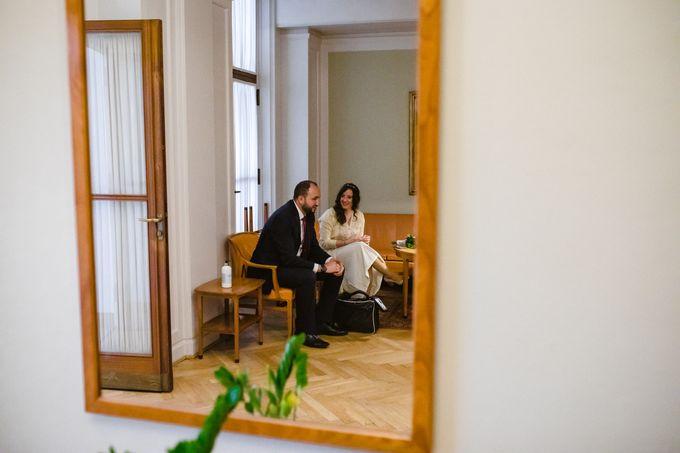 Frederiksberg Town Hall Wedding / Elopement by Ieva Vi Photo by Ieva Vi Photography - 001