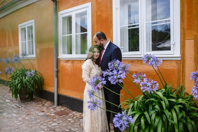 Frederiksberg Town Hall Wedding / Elopement by Ieva Vi Photo by Ieva Vi Photography - 010
