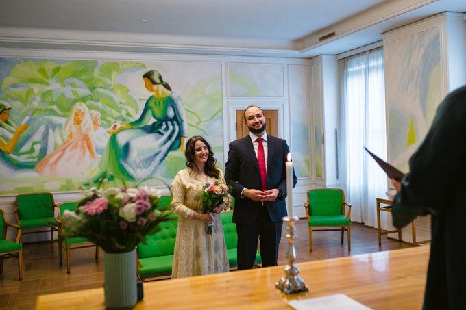 Frederiksberg Town Hall Wedding / Elopement by Ieva Vi Photo by Ieva Vi Photography - 002
