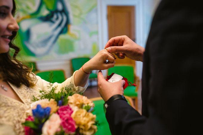Frederiksberg Town Hall Wedding / Elopement by Ieva Vi Photo by Ieva Vi Photography - 003