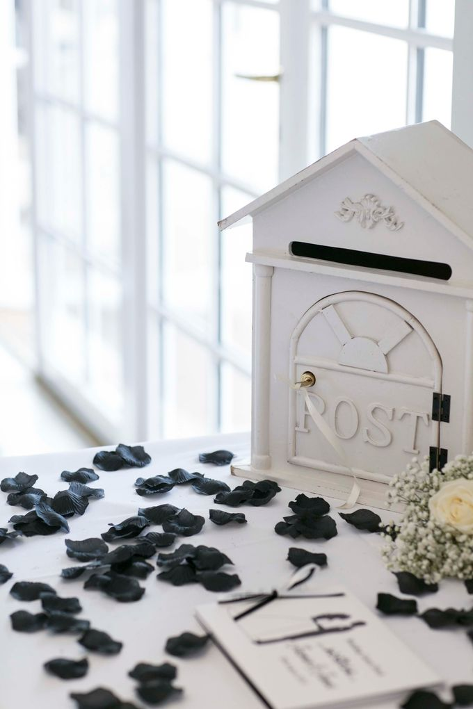 Beautiful Black and White wedding by Samie Lee photography - 012