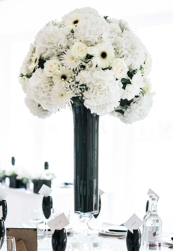 Beautiful Black and White wedding by Samie Lee photography - 019