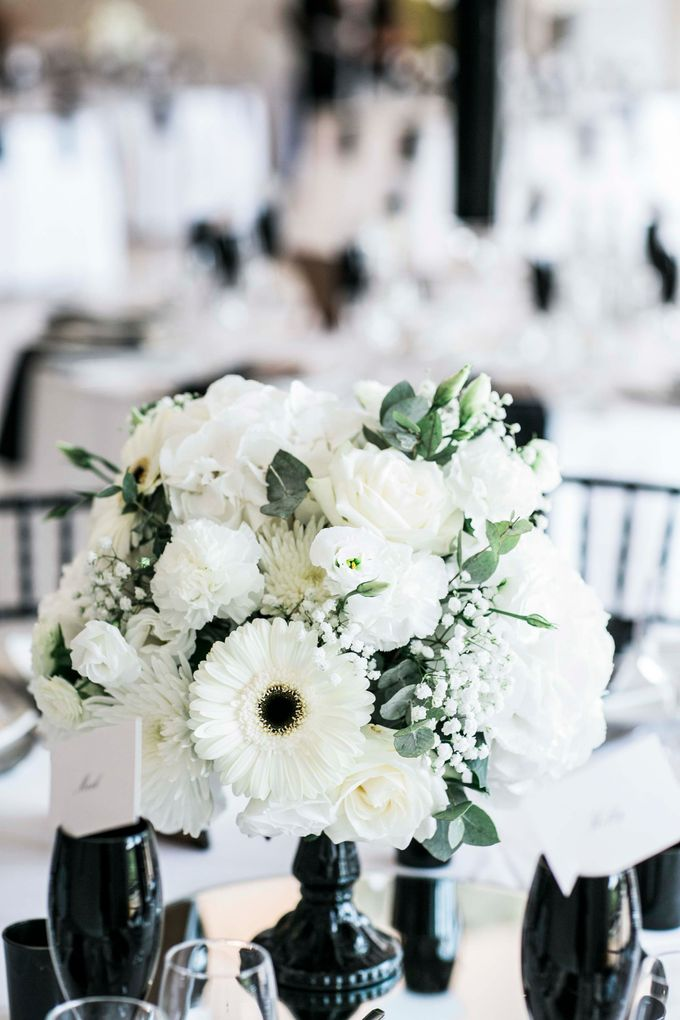 Beautiful Black and White wedding by Samie Lee photography - 023