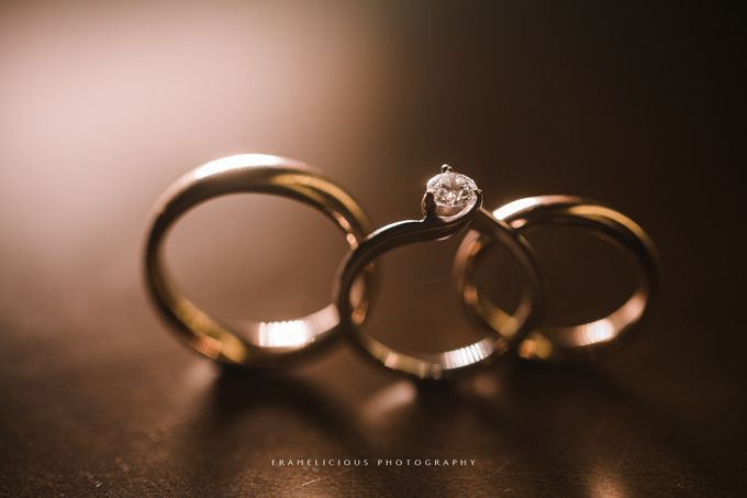 Debbie & KahWai - Wedding Photography by Framelicious Studio - 001
