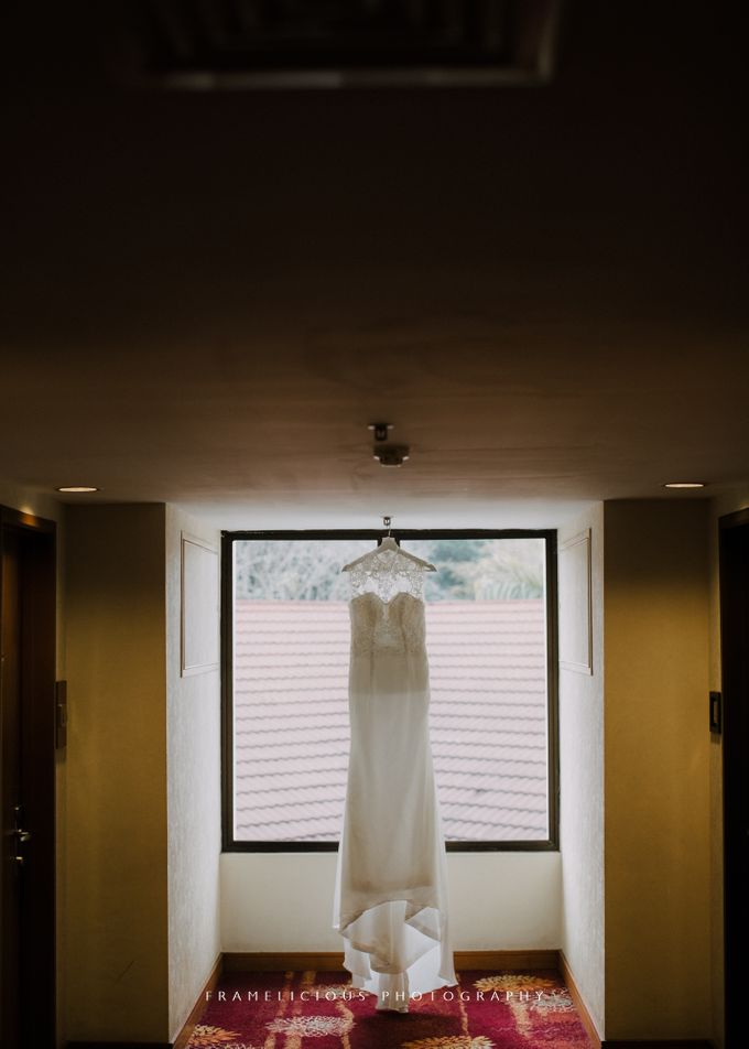 Debbie & KahWai - Wedding Photography by Framelicious Studio - 006