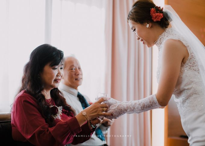 Debbie & KahWai - Wedding Photography by Framelicious Studio - 009