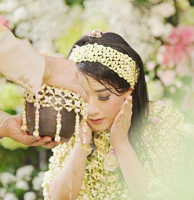 The Wedding Of Astrini & Rian by Soe&Su - 014