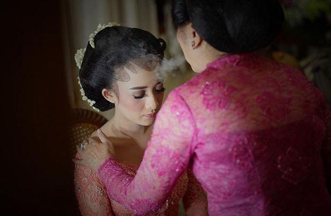The Wedding Of Astrini & Rian by Soe&Su - 018