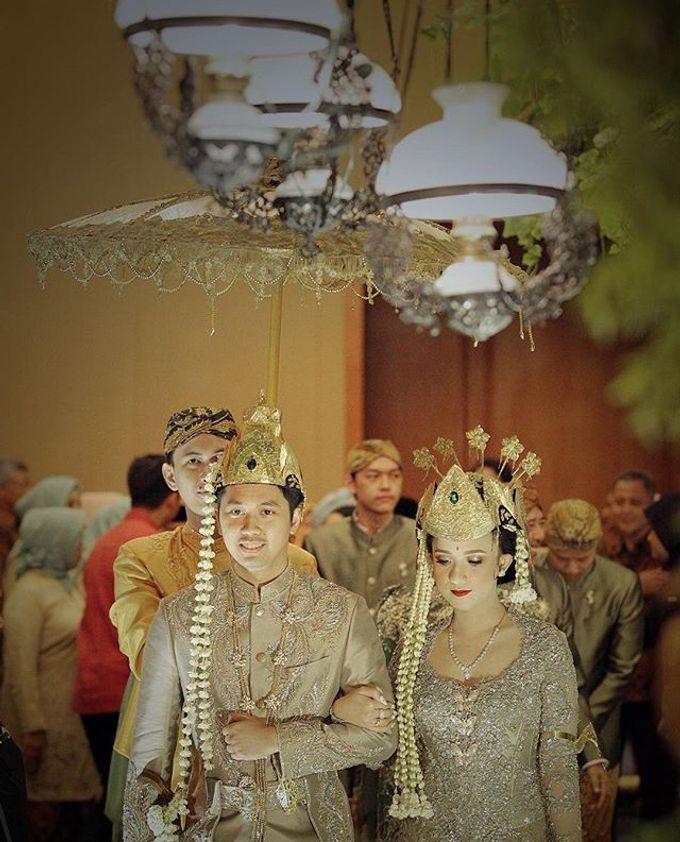 The Wedding Of Astrini & Rian by Soe&Su - 023