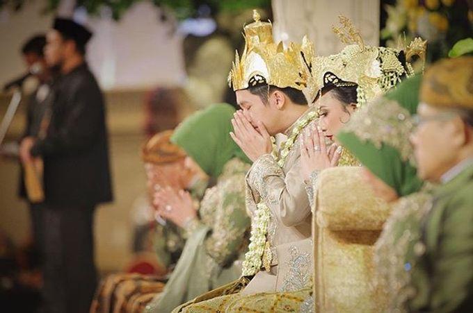The Wedding Of Astrini & Rian by Soe&Su - 024