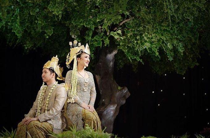 The Wedding Of Astrini & Rian by Soe&Su - 027