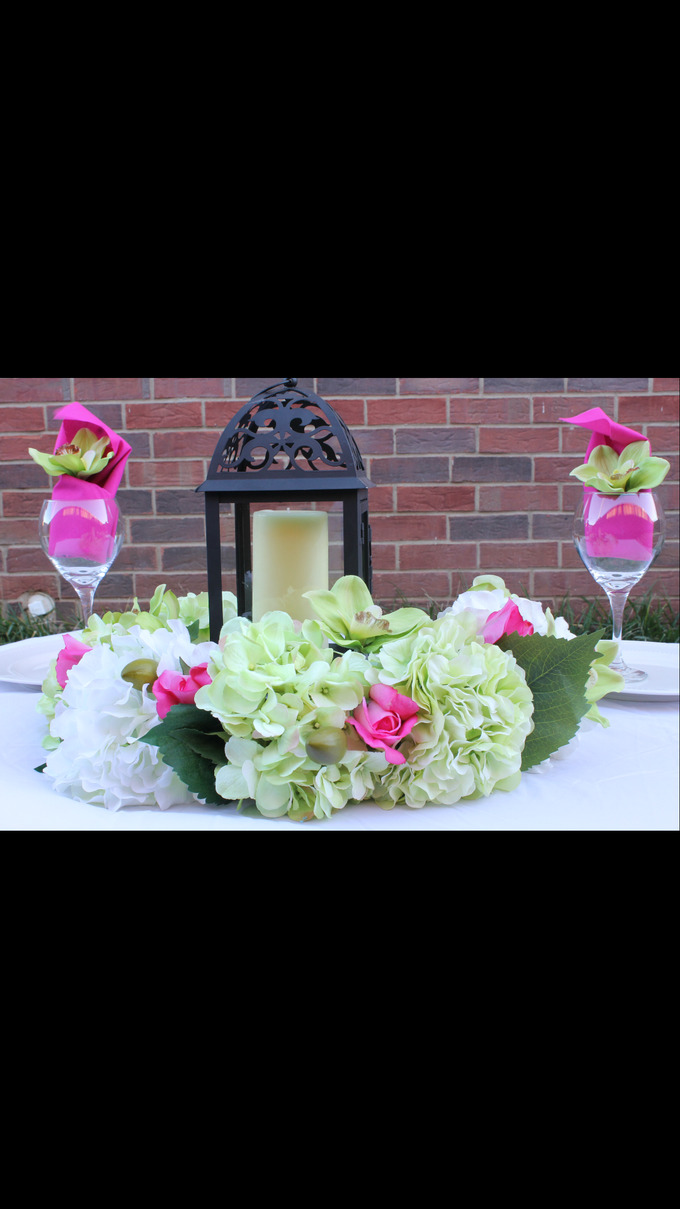 Centerpieces by Enchanting Events & Decor - 001