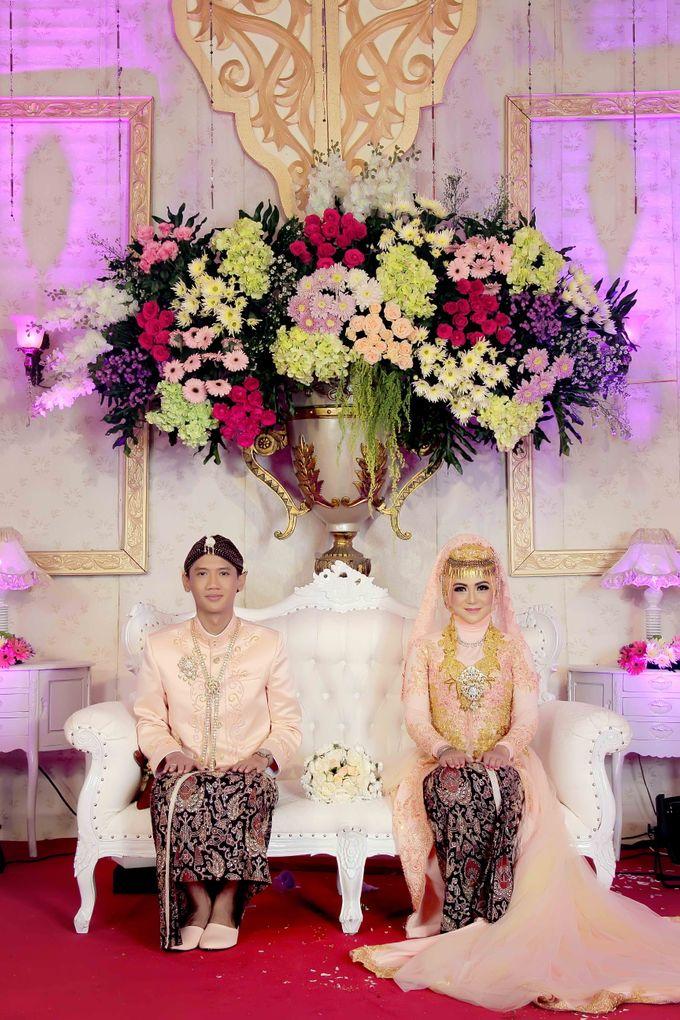 Wedding Of Novia & Hanung by GRAINIC Creative Studio - 002