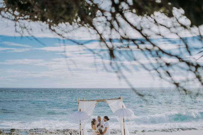 Wedding destination in Nusa Lembongan Jack & Natalie by Aka Bali Photography - 031