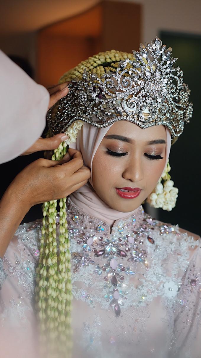 Sundanese Bride Vina by GabrielaGiov - 006