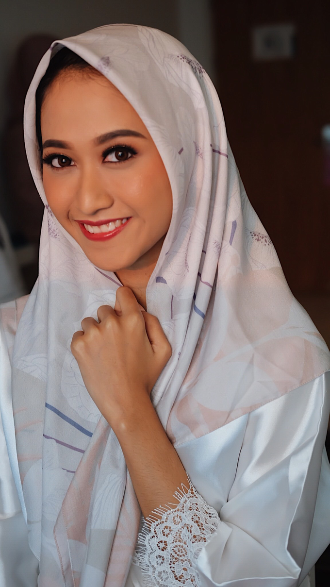 Sundanese Bride Vina by GabrielaGiov - 007
