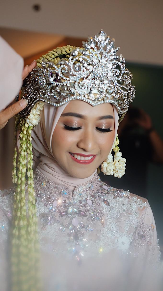 Sundanese Bride Vina by GabrielaGiov - 011