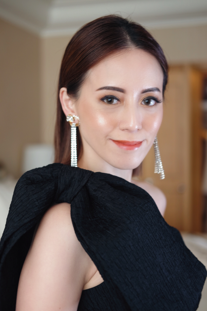 Audrey Kiang  by GabrielaGiov - 004