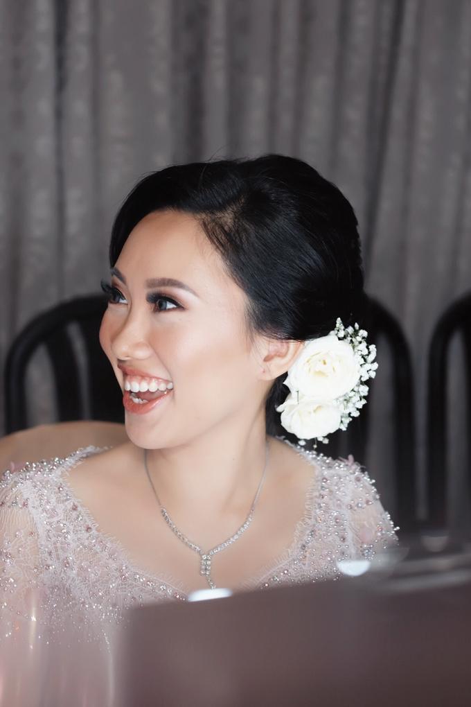 Cicile Batak Bride Holy Matrimony Look by GabrielaGiov - 002