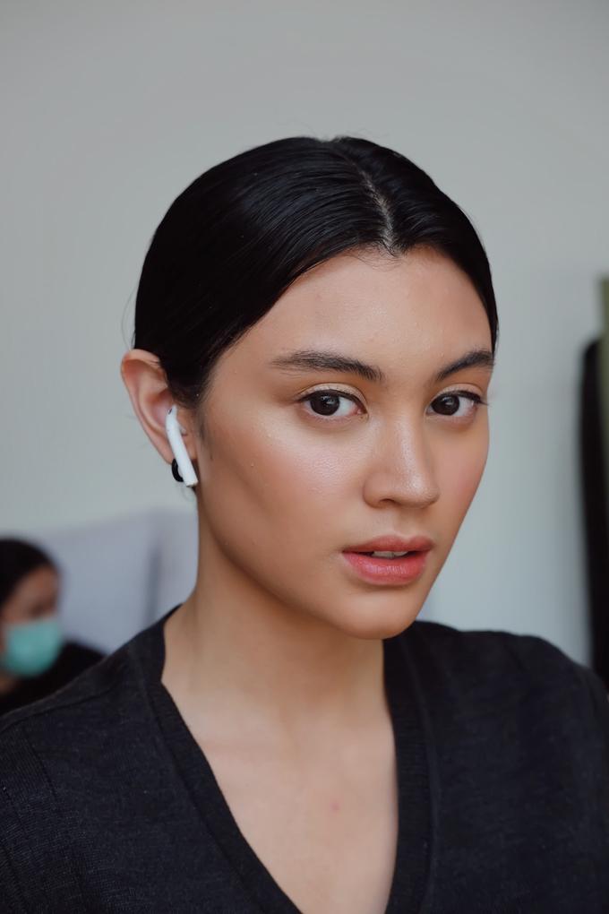 Glossy Skin makeup by GabrielaGiov - 002