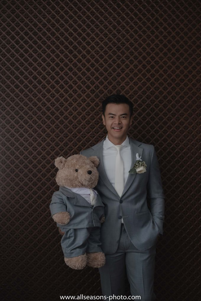 Dion Wiyoko & Fiona Anthony by Wong Hang Distinguished Tailor - 004