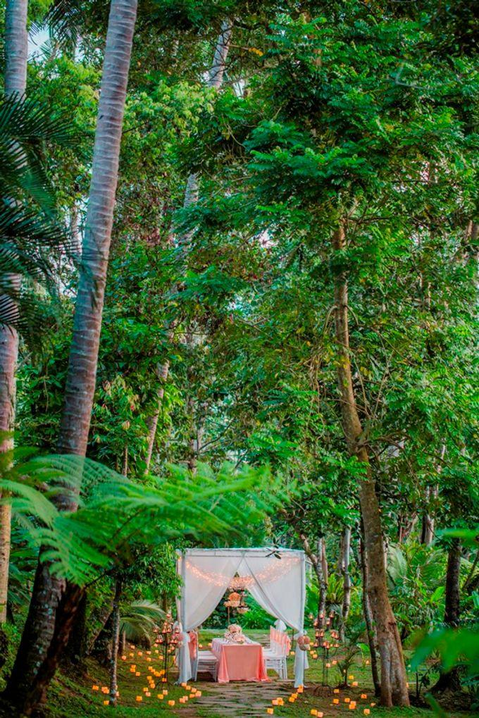 kayumanis ubud-dinner reception- pathway by Kayumanis Private Villa and Spa - 007