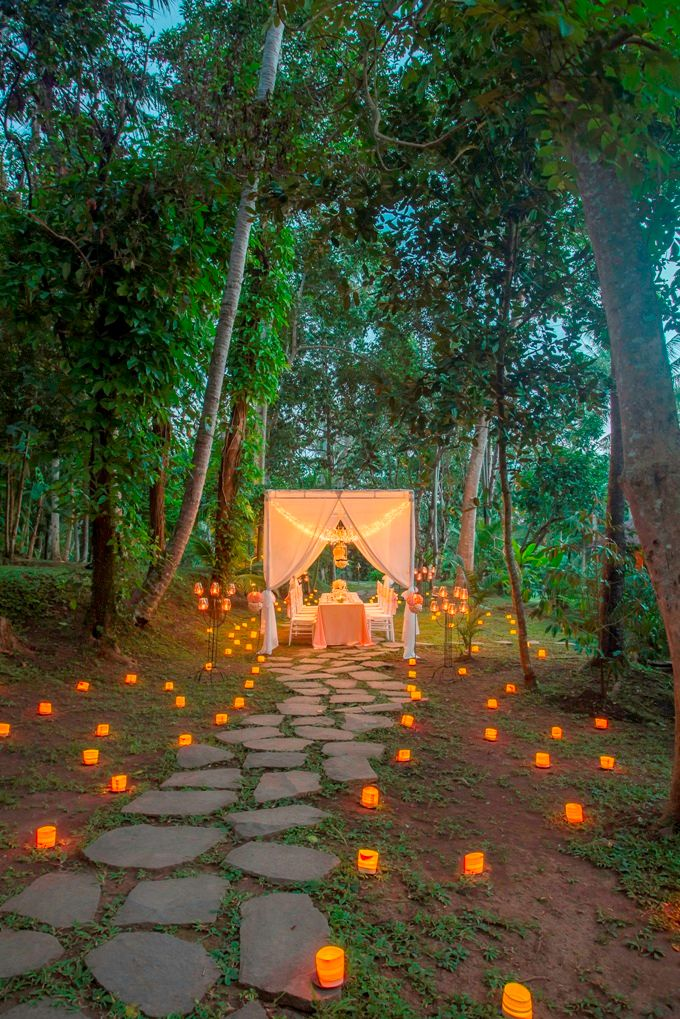 kayumanis ubud-dinner reception- pathway by Kayumanis Private Villa and Spa - 008