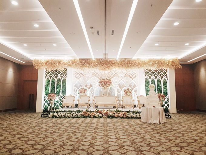 TRADITIONAL WEDDING by Indonesia Convention Exhibition (ICE) - 015