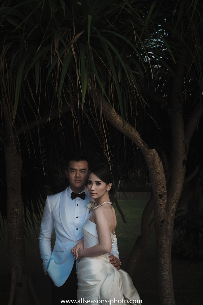 Dion Wiyoko & Fiona Anthony by Wong Hang Distinguished Tailor - 013