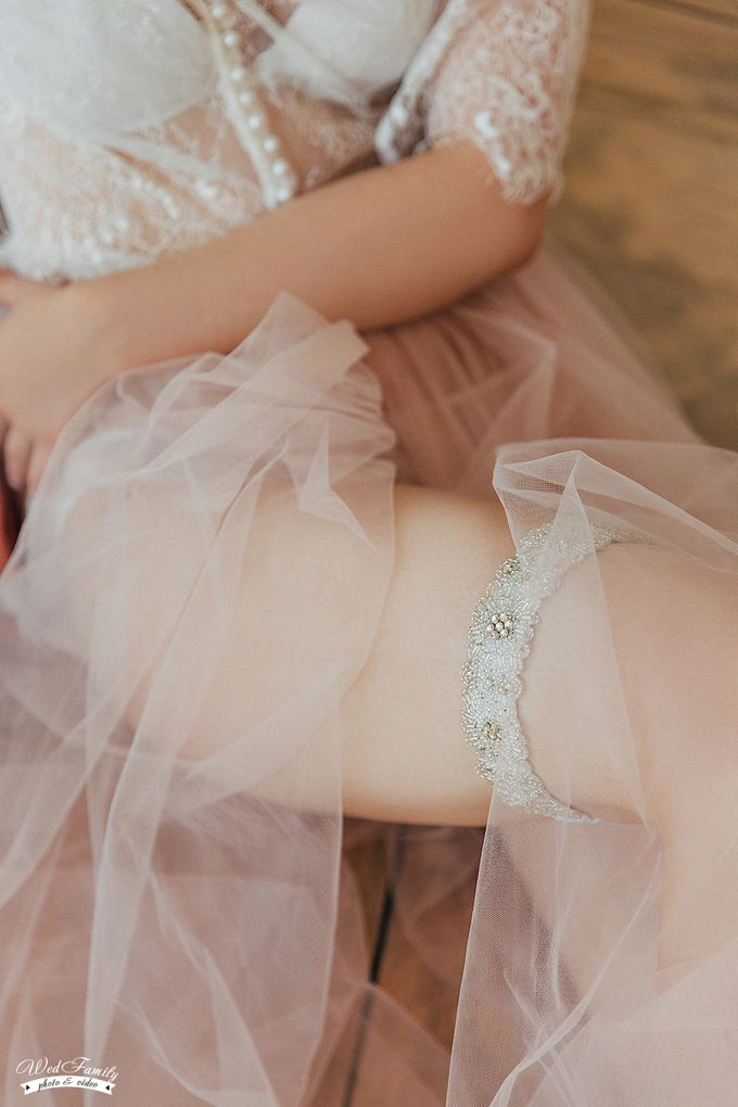 Garters by Fancy Bowtique Bridal Couture - 003