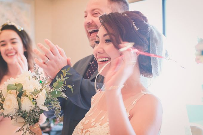 Gavin & Emmy Wedding Day at Pan Pacific Hotel by Jen's Obscura (aka Jchan Photography) - 004