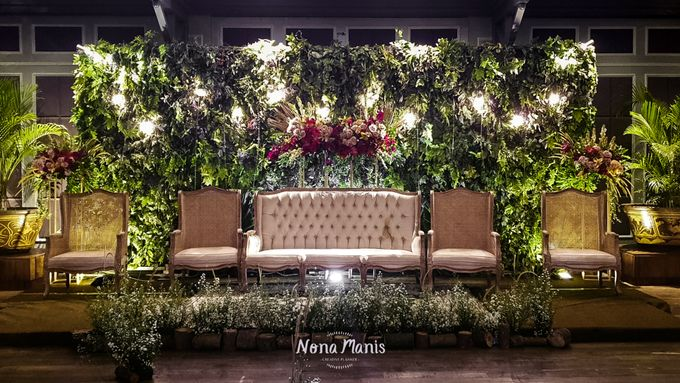 Gayatri & Alfons Wedding Decoration by Nona Manis Creative Planner - 003