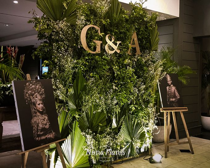 Gayatri & Alfons Wedding Decoration by Nona Manis Creative Planner - 004