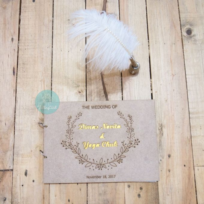 Rustic Wooden Guestbook by TalkingCard - 010