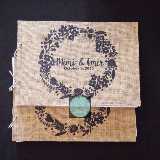 Wooden Goni Guestbook by TalkingCard - 004