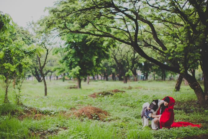 Red Riding Hood and The Hunter by Cravt Photo Props - 008