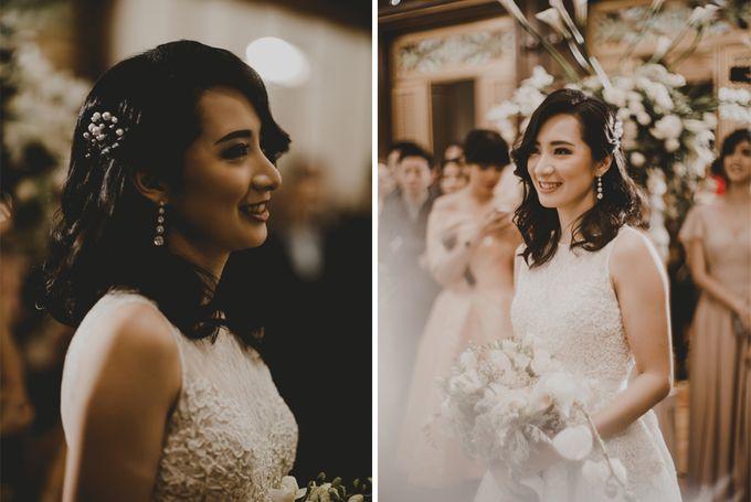Gilvina & Darrell Wedding Ceremony by ATIPATTRA - 005