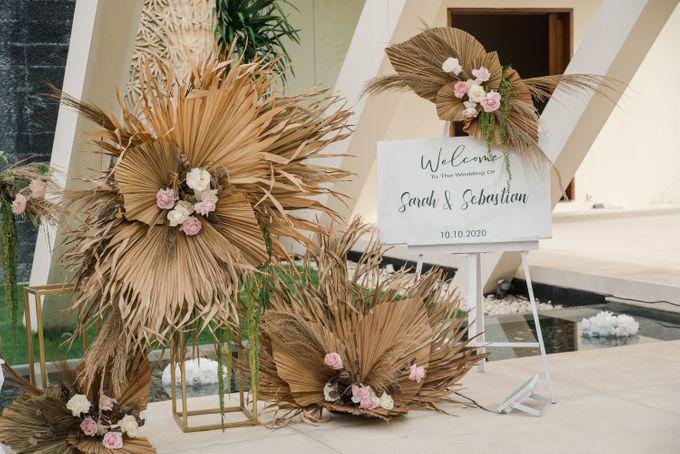 Romantic Rustic Wedding Reception By Citta Wedding Bridestory Com