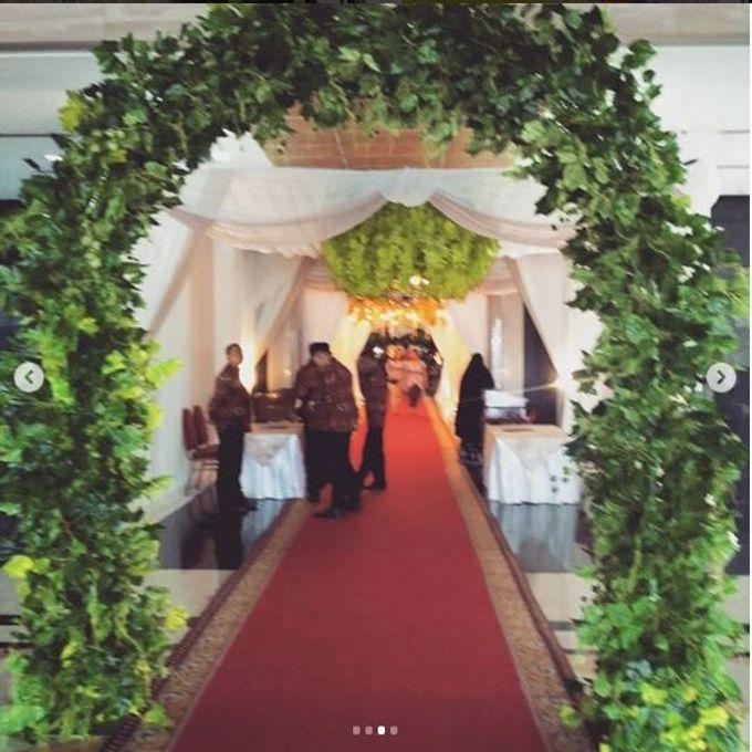 Wedding Dini & Satrio by Handy Talky Rental bbcom - 003