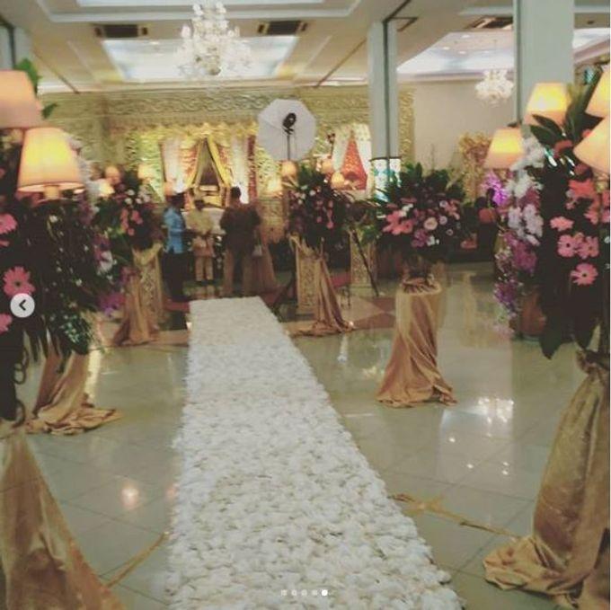 Wedding at Gedung PLN Duren Tiga by Handy Talky Rental bbcom - 004