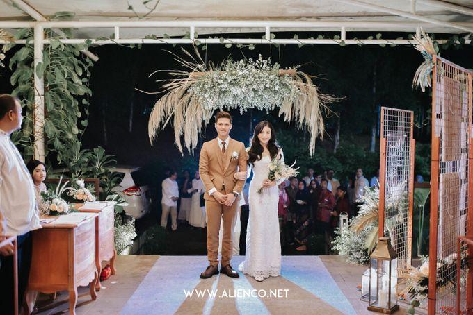 The Wedding Of Intan & Puja by Jakarta Souvenir - 036