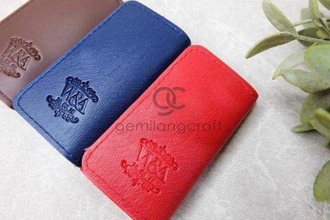 Premium key holder for Winda & Adi by Gemilang Craft - 001
